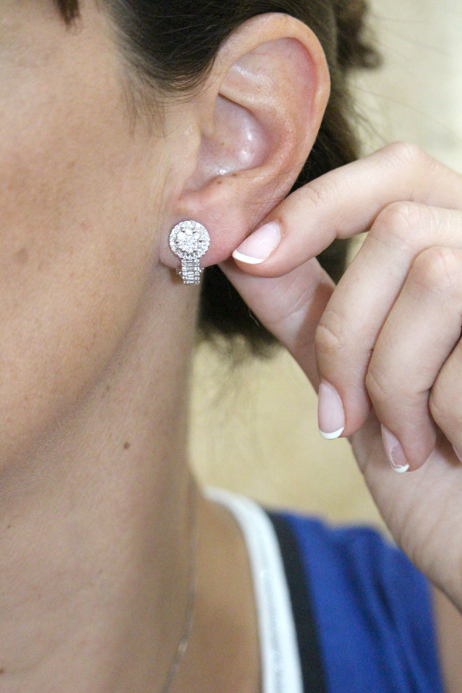 donde comprar pendientes roseton diamantes alicante - pendientes oro alicante - joyeria marga mira - best jewelries alicante