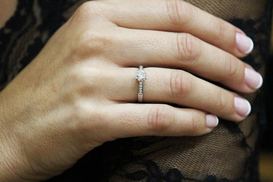 anillo con diamante - anillo de compromiso